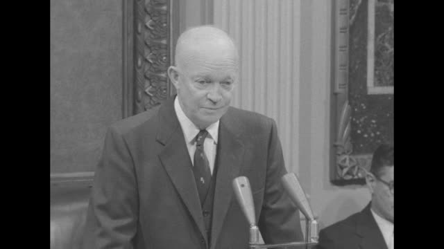 vídeos de stock, filmes e b-roll de eisenhower states his friendship with dick nixon and pleasure to be associated with him in government in answer to question about new hampshire... - eleição primária