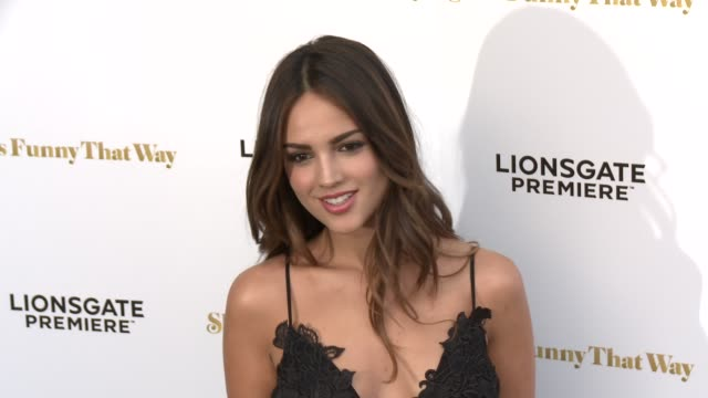 """eiza gonzalez at the """"she's funny that way"""" los angeles premiere at harmony gold theatre on august 19, 2015 in los angeles, california. - she's funny that way点の映像素材/bロール"""