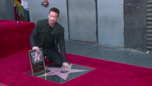El actor estadounidense David Duchovny recibio el lunes su estrella en el Paseo de la Fama de Hollywood coincidiendo con el retorno de The X Files la...