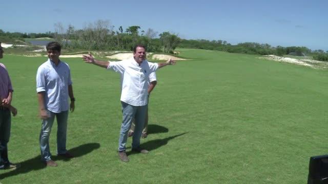el alcalde de rio de janeiro defendio energicamente este miercoles la construccion del campo de golf para los juegos olimpicos de 2016 cuestionado... - reserva natural stock videos and b-roll footage