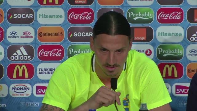 El capitan de la seleccion sueca Zlatan Ibrahimovic anuncio que su ultimo partido con Suecia sera el ultimo partido que Suecia juegue en la Eurocopa...