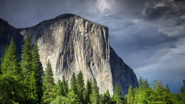 el capitan, yosemite-nationalpark - zeitraffer - yosemite nationalpark stock-videos und b-roll-filmmaterial