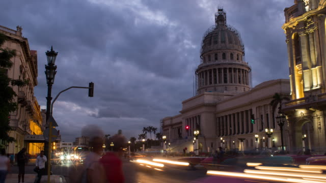 el capitolio building in havana at night timeplapse - cuba stock videos & royalty-free footage