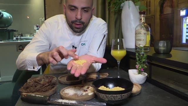 el chef raphael rego esta a la cabeza del primer restaurante brasileno en recibir una estrella michelin en el extranjero - restaurante stock videos & royalty-free footage