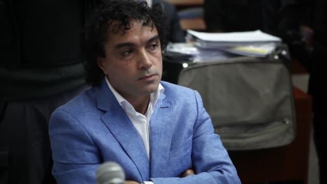el colombiano henry jesus lopez londono alias mi sangre fue extraditado en un operativo secreto el jueves de argentina a estados unidos donde afronta... - argentina stock videos & royalty-free footage