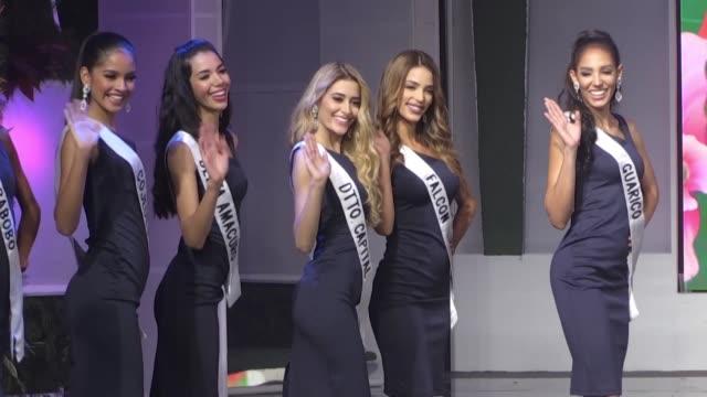 vídeos de stock e filmes b-roll de el concurso miss venezuela que se celebrara el jueves no mencionara por primera vez las medidas de cintura cadera y busto de sus 24 candidatas... - cintura