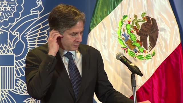 el creciente trafico de heroina por la frontera de mexico y estados unidos es un desafio para ambos paises reconocio este jueves el subsecretario de... - desafio stock videos and b-roll footage