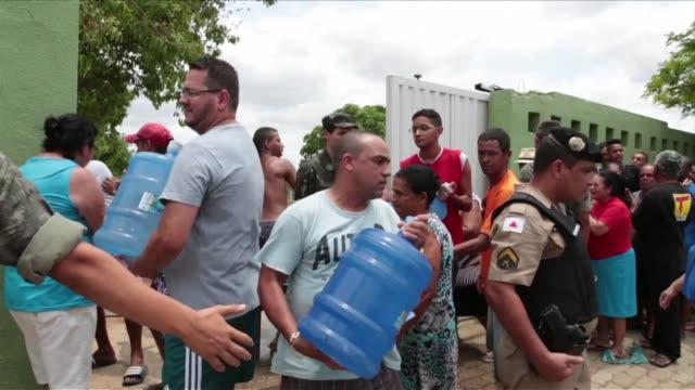 el deslave minero que sepulto a inicios de noviembre casi un poblado entero del sureste brasileno tambien contamino uno de los principales cursos... - agua stock videos & royalty-free footage