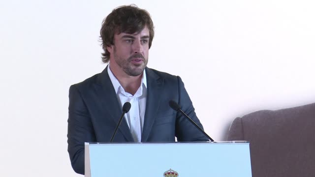 El dos veces campeon mundial de Formula 1 Fernando Alonso participara en la carrera 24 Horas de Le Mans mientras continuara compitiendo con McLaren...