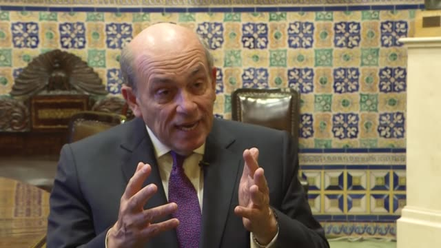 el embajador peruano hugo de zela aspirante a desbancar de la oea al uruguayo luis almagro afirma que su rival por su oposicion polarizada y... - refraction stock videos & royalty-free footage