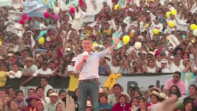 el empresario y dirigente liberal de derecha mauricio macri se habria convertidoen el nuevo presidente de argentina tras ganar el balotaje de este... - ballot slip stock videos & royalty-free footage