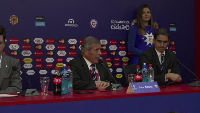 vídeos y material grabado en eventos de stock de el entrenador de uruguay oscar tabarez dijo este sabado que el partido contra paraguay fue tan duro como esperaban que fuese despues del empate 11 - tan