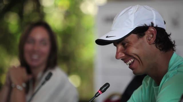 El espanol Rafael Nadal numero 4 del ranking mundial y principal figura del Argentina Open reconocio el lunes que se siente presionado por ganar