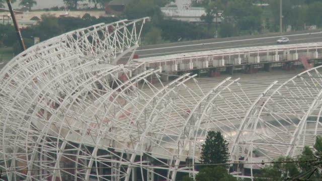 el estadio beira rio de porto alegre que albergara cinco partidos de la copa del mundo estara listo a finales de 2013 voiced beira rio para finales... - alegre stock videos & royalty-free footage