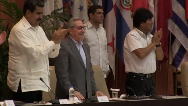 vídeos y material grabado en eventos de stock de el expresidente cubano, raul castro y dirigente del partido comunista de cuba clausuro el martes el 24° foro de sao paulo en el que se pidio... - otros temas