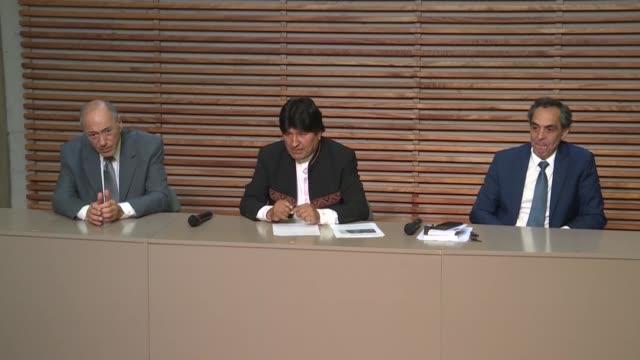 el expresidente de bolivia evo morales refugiado en buenos aires considero un error juridico la decision del tribunal supremo electoral de su pais de... - refugiado stock videos & royalty-free footage