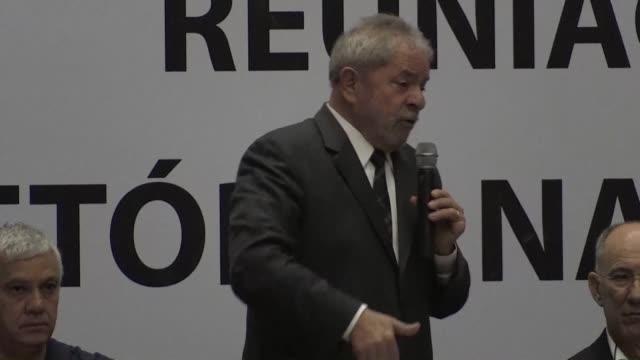 el expresidente de brasil luiz inacio lula da silva fue condenado el miercoles a nueve anos y medio de carcel por corrupcion y lavado de dinero una... - brasile meridionale video stock e b–roll