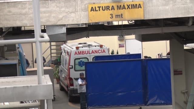 El expresidente de Peru Alberto Fujimori fue trasladado el miercoles a un hospital de Lima horas despues de que un juez de la Corte Suprema anulara...