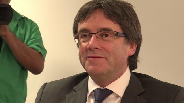 El expresidente independentista catalan Carles Puigdemont se reunio el sabado en Berlin con el grupo parlamentario de su partido Juntos por Cataluna...