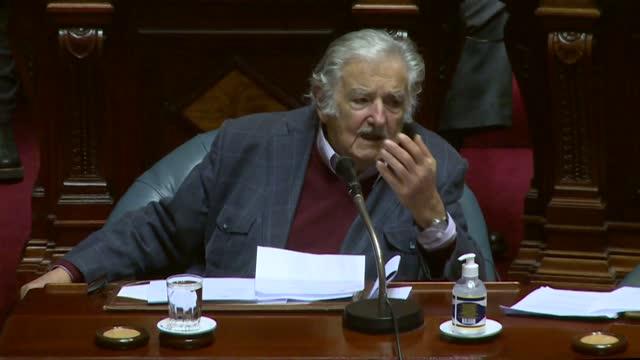 el expresidente uruguayo josé mujica fue internado de urgencia y sería sometido a una operación el martes para removerle una espina de pescado... - esophagus stock videos & royalty-free footage