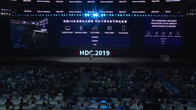 El gigante chino de las telecomunicaciones Huawei amenazado con perder su acceso a Android debido a las sanciones estadounidenses presento el viernes...