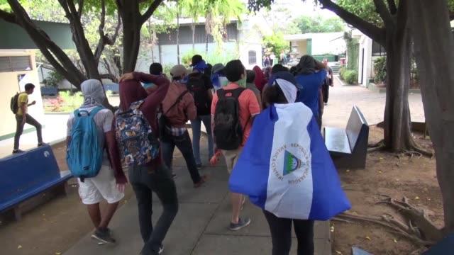 el gobierno de daniel ortega y la oposicion rompieron el impasse en sus conversaciones en busca de una salida a la crisis politica en nicaragua al... - politica stock videos & royalty-free footage