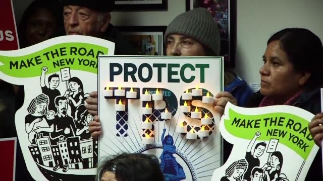 vídeos y material grabado en eventos de stock de el gobierno de donald trump cancelo el viernes el estatus de proteccion temporal para honduras por el cual unos 57.000 inmigrantes de ese pais... - viernes