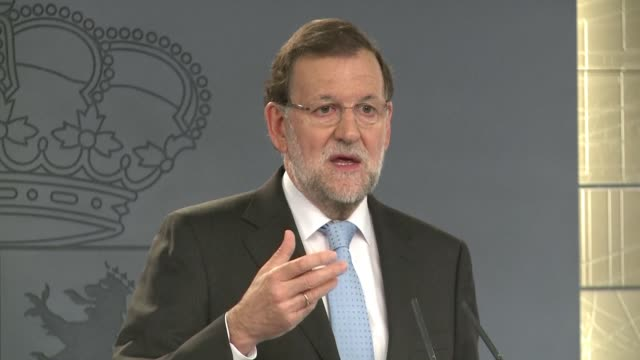 El gobierno de Espana respondio en el terreno judicial a la resolucion independentista aprobada por el parlamento de Cataluna