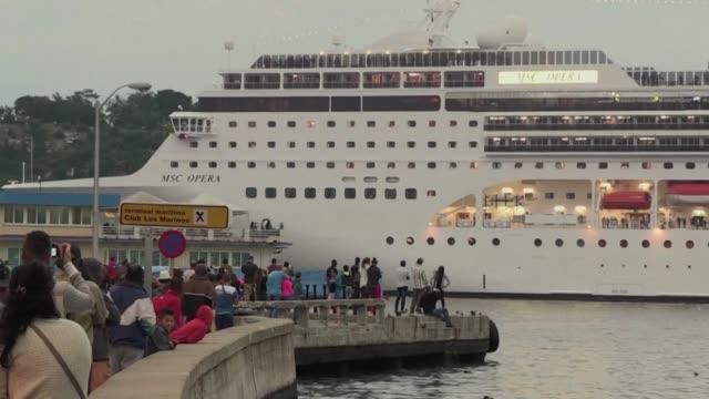 vídeos y material grabado en eventos de stock de el gobierno de raul castro levanto el viernes las restricciones para los viajes maritimos de los cubanos desde y hacia estados unidos impuestas hace... - ee.uu