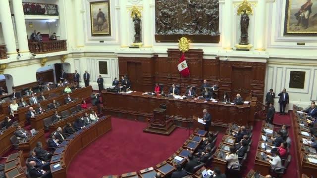 el gobierno peruano pidio el miercoles un voto de confianza al congreso dominado por la oposicion y aprobar rapidamente reformas constitucionales... - congreso stock videos and b-roll footage