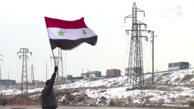el gobierno sirio reconquisto el jueves el control total de alepo segunda ciudad del pais su mayor victoria contra los rebeldes desde el inicio de la... - rebellion stock videos & royalty-free footage