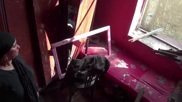 El grupo Estado Islamico reivindico este sabado el atentado contra el consulado italiano en El Cairo en el que murio una persona y nueve resultaron...