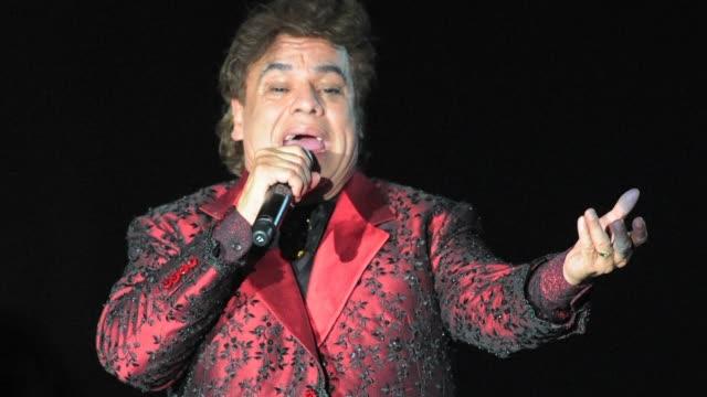 vídeos y material grabado en eventos de stock de el iconico cantautor mexicano juan gabriel murio el domingo en california estados unidos a los 66 anos de edad - ee.uu