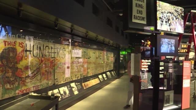 stockvideo's en b-roll-footage met el instituto smithsoniano se prepara para inaugurar en pocos dias su nuevo museo dedicado a la historia de la comunidad afroamericana en ee uu un... - agricultura