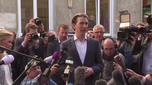 El lider conservador Sebastian Kurz de 31 anos gano el domingo las elecciones legislativas austriacas segun las primeras proyecciones logrando un...