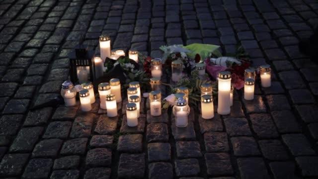 stockvideo's en b-roll-footage met el marroqui de 18 anos acusado de haber matado a dos personas y de haber herido a otras ocho el viernes en finlandia es un solicitante de asilo que... - terrorisme
