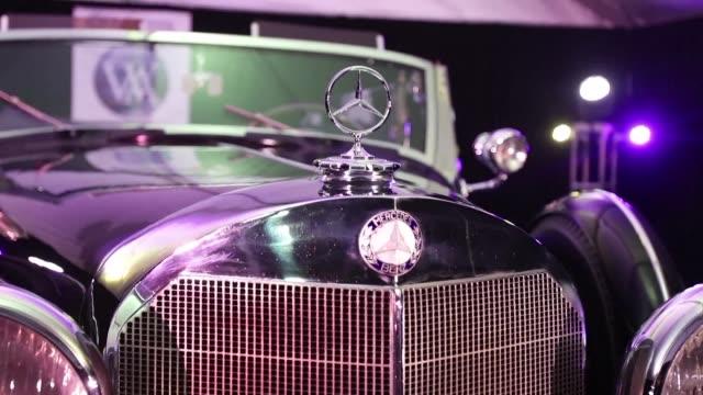 El Mercedes modelo 1939 que usaba Hitler para desfilar por toda Alemania se subastara el miercoles en el estado de Arizona en Estados Unidos