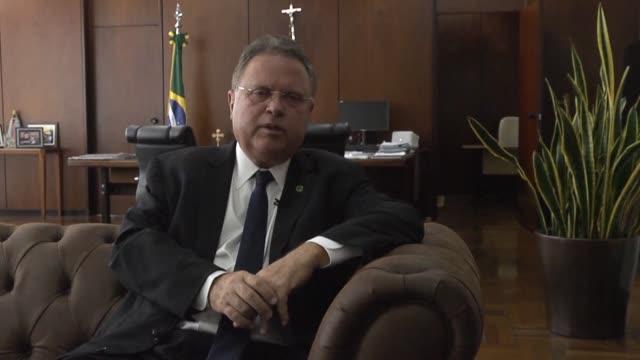 El ministro de agricultura de Brasil Blairo Maggi afirmo el jueves que lo peor sobre el escandalo de carne adulterada ya paso y que buscaran...