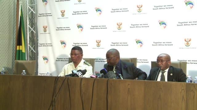 vídeos y material grabado en eventos de stock de el ministro sudafricano de justicia concedio este viernes la libertad condicional al asesino numero uno del apartheid - libertad condicional