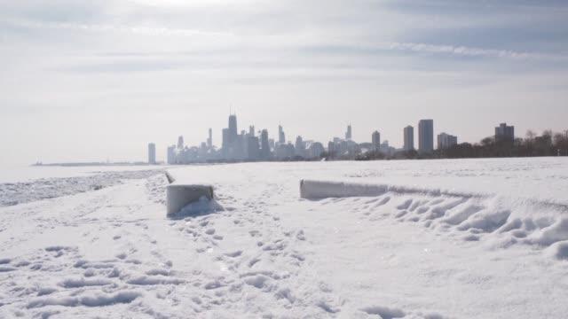 el norte de estados unidos recupero el viernes temperaturas de estacion despues del paso de una ola de frio historica que dejo unos veinte muertos en... - subir stock videos and b-roll footage
