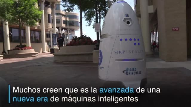 el nuevo guardia de seguridad de este centro comercial de washington se llama steve y es un robot - centro comercial stock videos & royalty-free footage