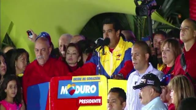 el nuevo presidente de venezuela nicolas maduro considero en su primer discurso que su triunfo fue justo legal y constitucional a pesar del estrecho... - estrecho stock videos and b-roll footage