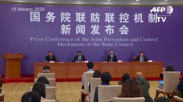el numero de muertes por el nuevo coronavirus en china supero el domingo la barrera de 1600 despues de la muerte de 139 personas en la provincia de... - numero stock videos & royalty-free footage