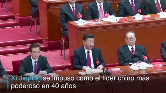 vídeos de stock, filmes e b-roll de el partido comunista de china ubico al presidente xi jinping a la altura del fundador del regimen mao zedong tras votar por unanimidad una enmienda... - fundador