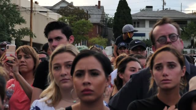 donald trump condemns white supremacy usa texas el paso county el paso vox pops beto o'rourke speech sot cutaways crowds watching beto o'rourke... - asking stock videos & royalty-free footage