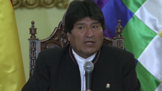 el presidente boliviano evo morales prometio el lunes respetar los resultados del referendo que decidirá si puede postularse a un nuevo mandato... - evo morales stock videos & royalty-free footage