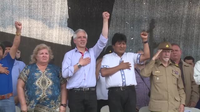 el presidente de bolivia evo morales dijo el lunes que la mejor manera de rendir homenaje a ernesto che guevara es continuar con su lucha... - che guevara stock videos & royalty-free footage