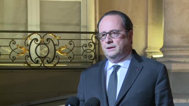 vídeos y material grabado en eventos de stock de el presidente de francia francois hollande esta convencido de que el tiroteo del jueves en la avenida campos eliseos de paris es de indole terrorista - jueves