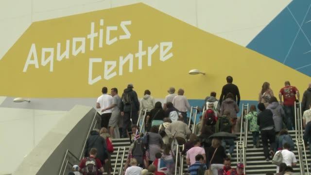 vídeos de stock, filmes e b-roll de el presidente del comite organizador de londres 2012, sebastian coe, aseguro el domingo que la mayoria de las sedes olimpicas estaban abarrotada,... - presidente de empresa