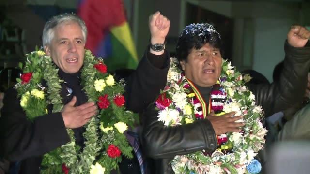 el presidente evo morales llego este miercoles a bolivia desde moscu despues que francia italia espana y portugal le prohibieron el uso de sus... - evo morales stock videos & royalty-free footage